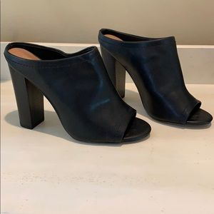 Classic Black Mule- never been worn